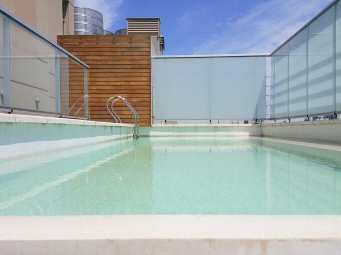 2 ambientes al contrafrente con balcón, amenities